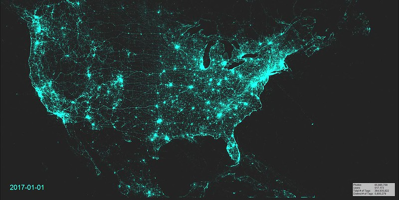 Animated Map of geotagged Flickr photos (North America), 2007-2017