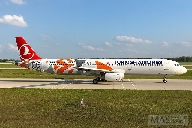 Turkish Airlines A321-200 TC-JRO @ MUC