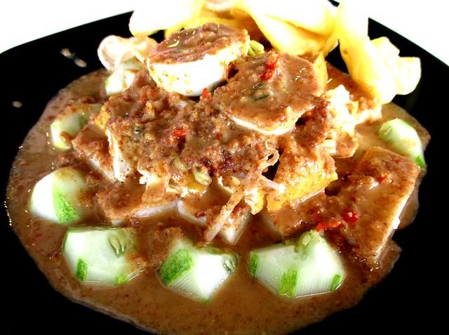 D'Santai Cafe gado gado Surabaya