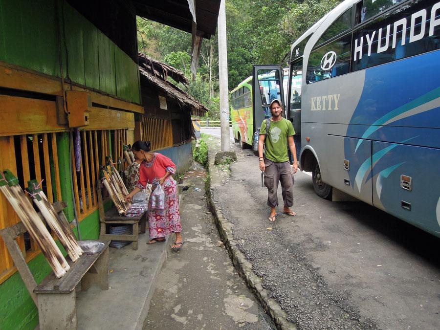 Bussimatkalla_taukopaikka_blogi