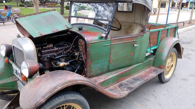 Raid de autos antiguos