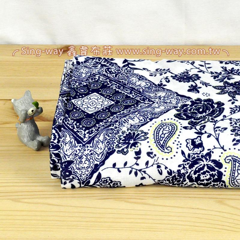 白底藍花花 變形蟲花卉 夏季服裝布料 CH790502