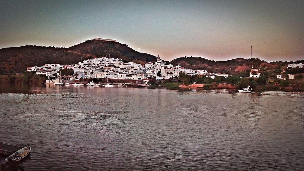 Atardecer en Sanlúcar del Guadiana (desde Alcoutim)