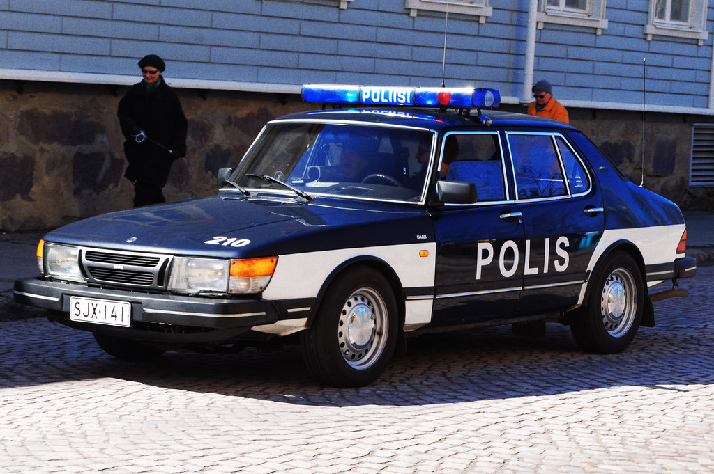 Old-style Finnish police cruiser | Oulu vintage cars parade,… | Flickr