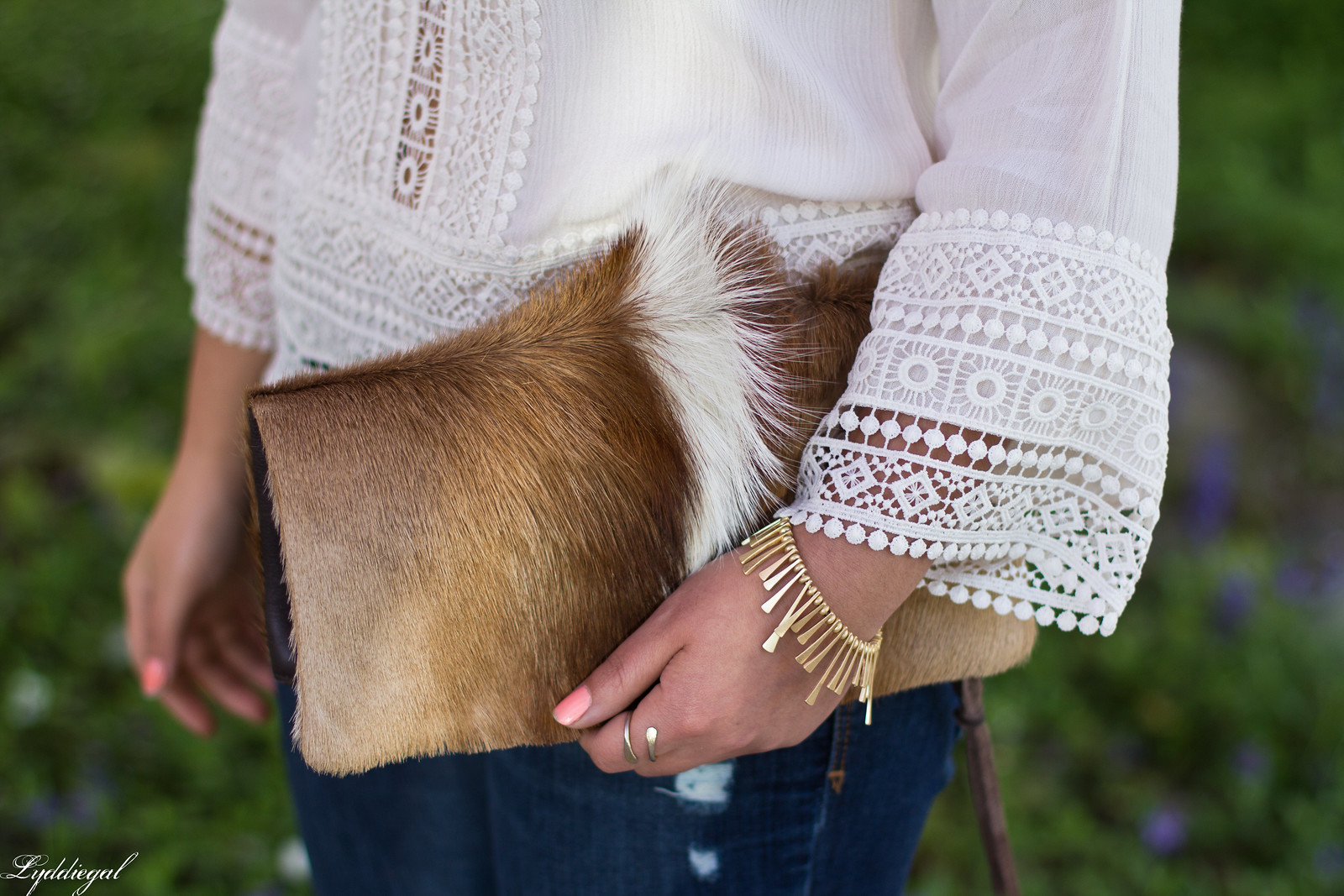 white boho top, jeans, brown booties, springbok clutch-5.jpg