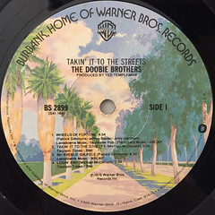 THE DOOBIE BROTHERS:TAKIN' IT TO THE STREETS(LABEL SIDE-A)