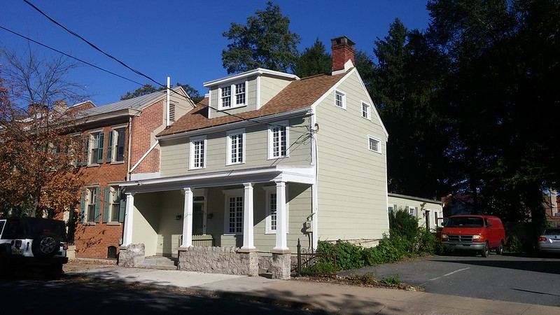 117 W Pomfret St | 3bd historic home for rent