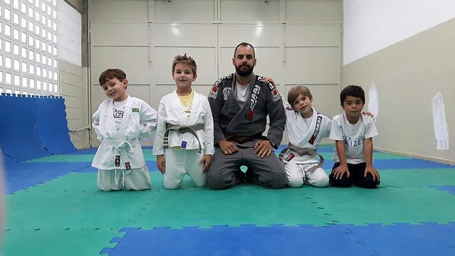 Trabalhando a técnica no jiu-jítsu