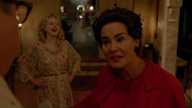 FEUD Bette and Joan -1x02- La Otra Mujer -09