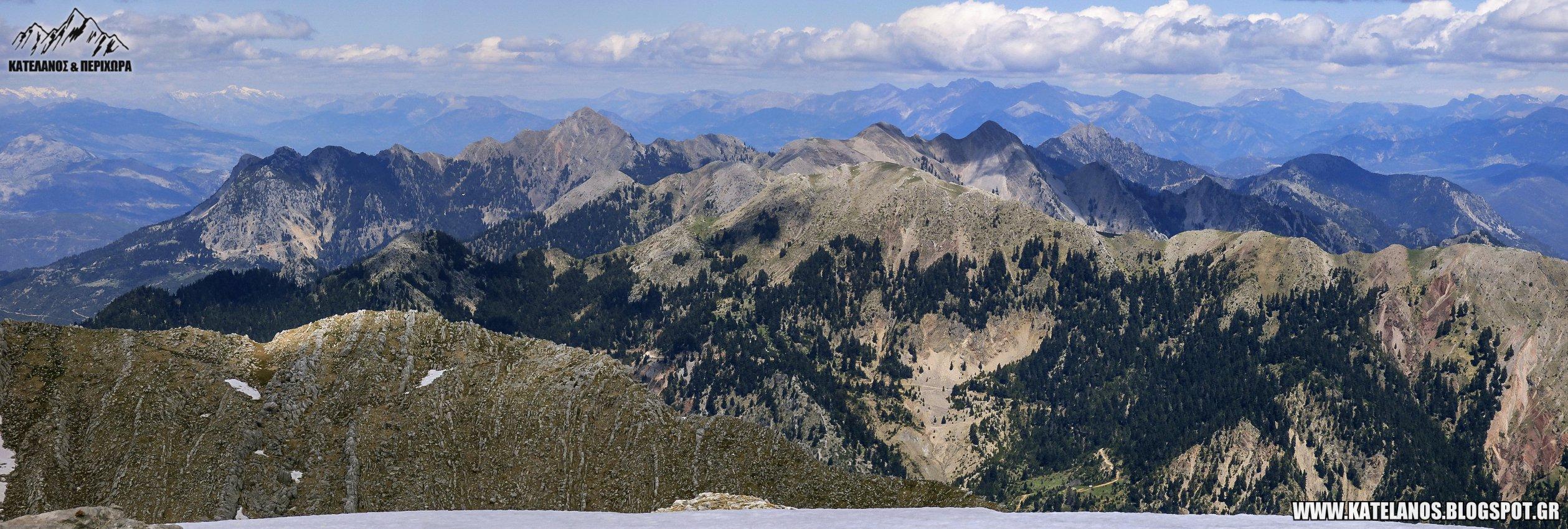 βουνοκορφες παναιτωλικου ορους θεα απο την κορυφη του κατελανου