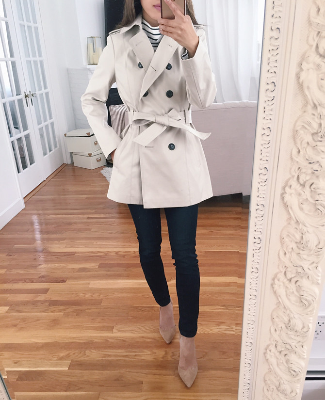 When it gets too cold for just a petite blazer for the morning or evening commute, bundle up in petite parkas and trench coats that look sleek and professional, while resisting cold winds and light precipitation. Warm up any wardrobe with beautiful petite outerwear from Sears.