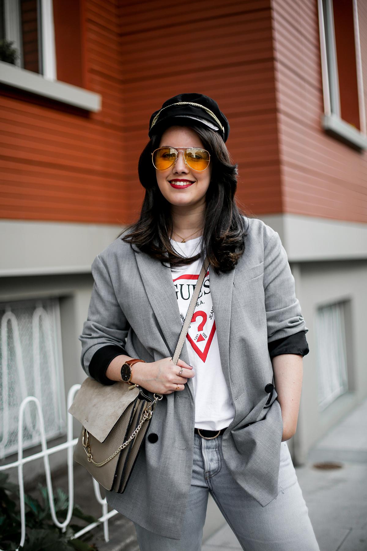 look-blazer-gris-levis-501-golden-goose-sneakers-myblueberrynightsblog2