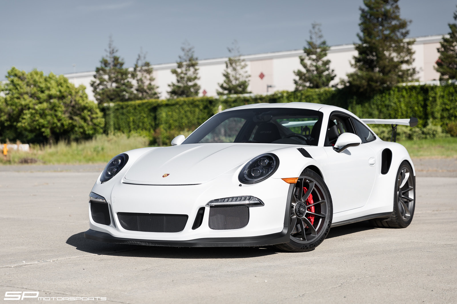 sp motorsport 39 s white porsche 991 gt3 rs bbi roll bar and harness safety package rennlist. Black Bedroom Furniture Sets. Home Design Ideas