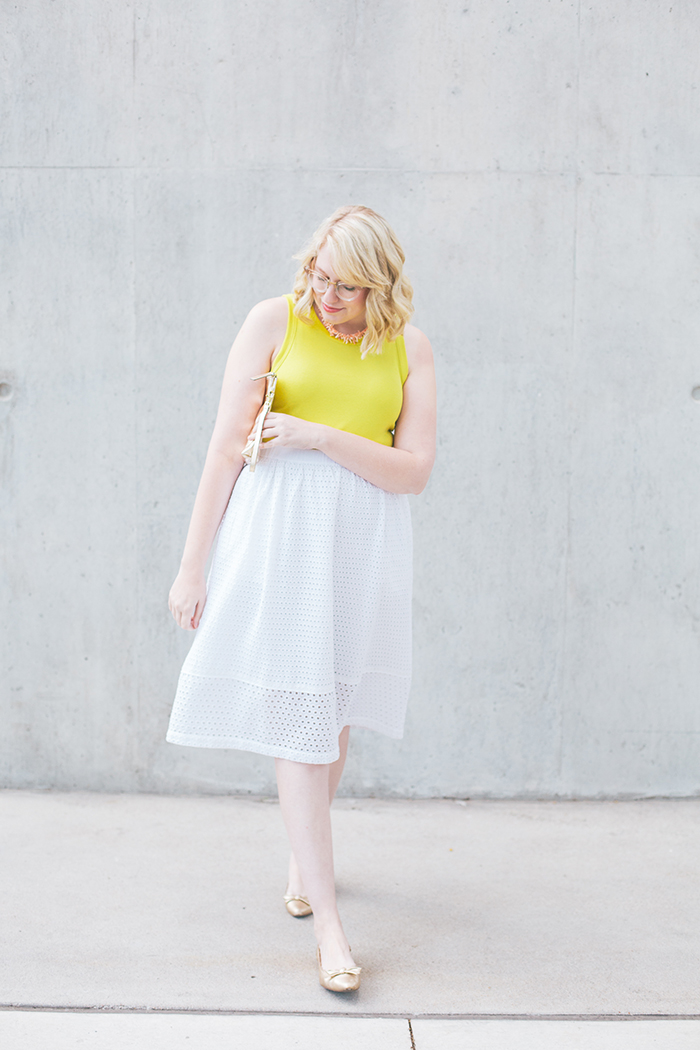 austin fashion blogger writes like a girl white eyelet skirt4