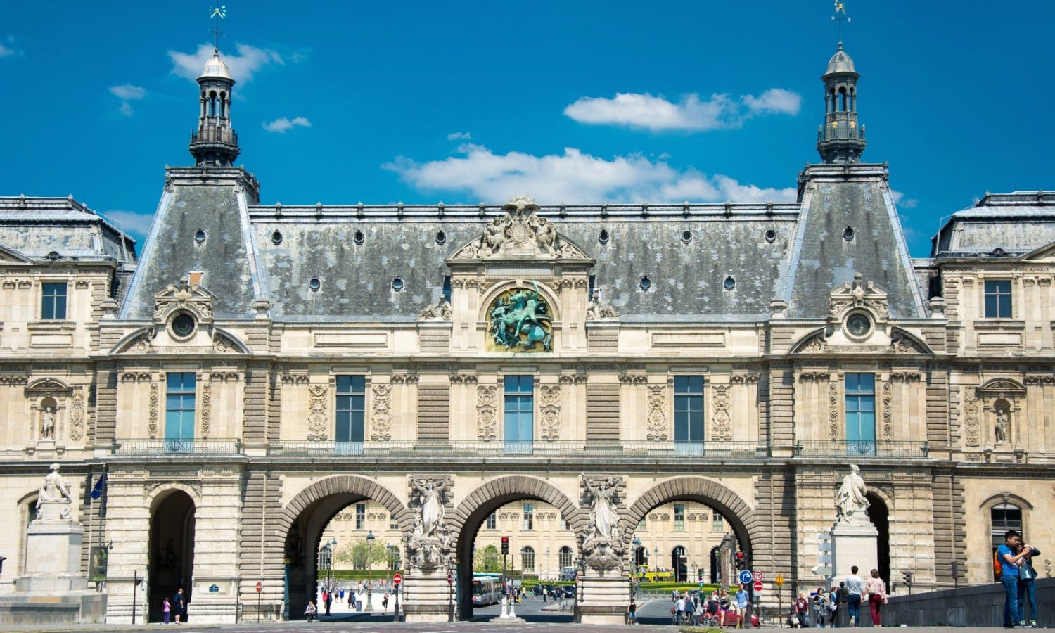 louvre-museum-vip-tickets-and-semi-private-guided-visit_header-19167