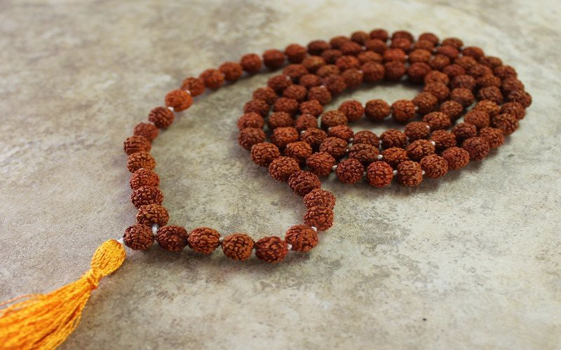 10 Health Benefits Of Wearing Rudraksha Beads - Rudraksha Therapy