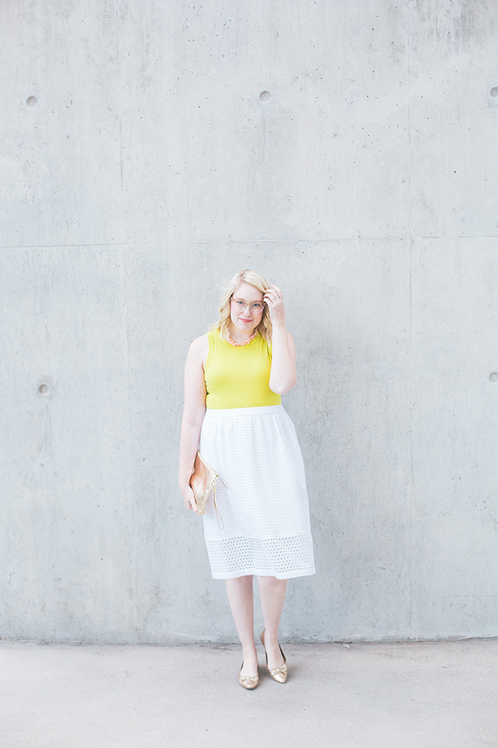 austin fashion blogger writes like a girl white eyelet skirt8