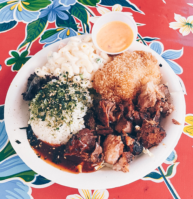 troys plate lunch food where to eat road to hana