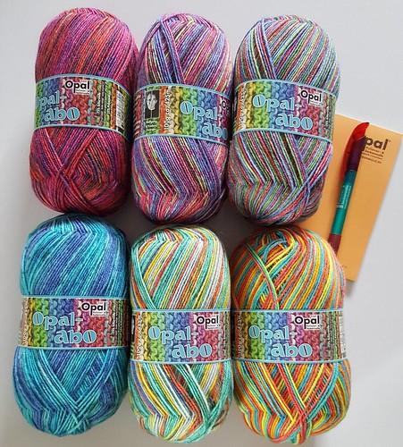 Auch mein #opalabo ist angekommen. Wie immer sind es wunderschöne Farben. #opalabomai2017 #opalwolle #sockenwolle #wolle