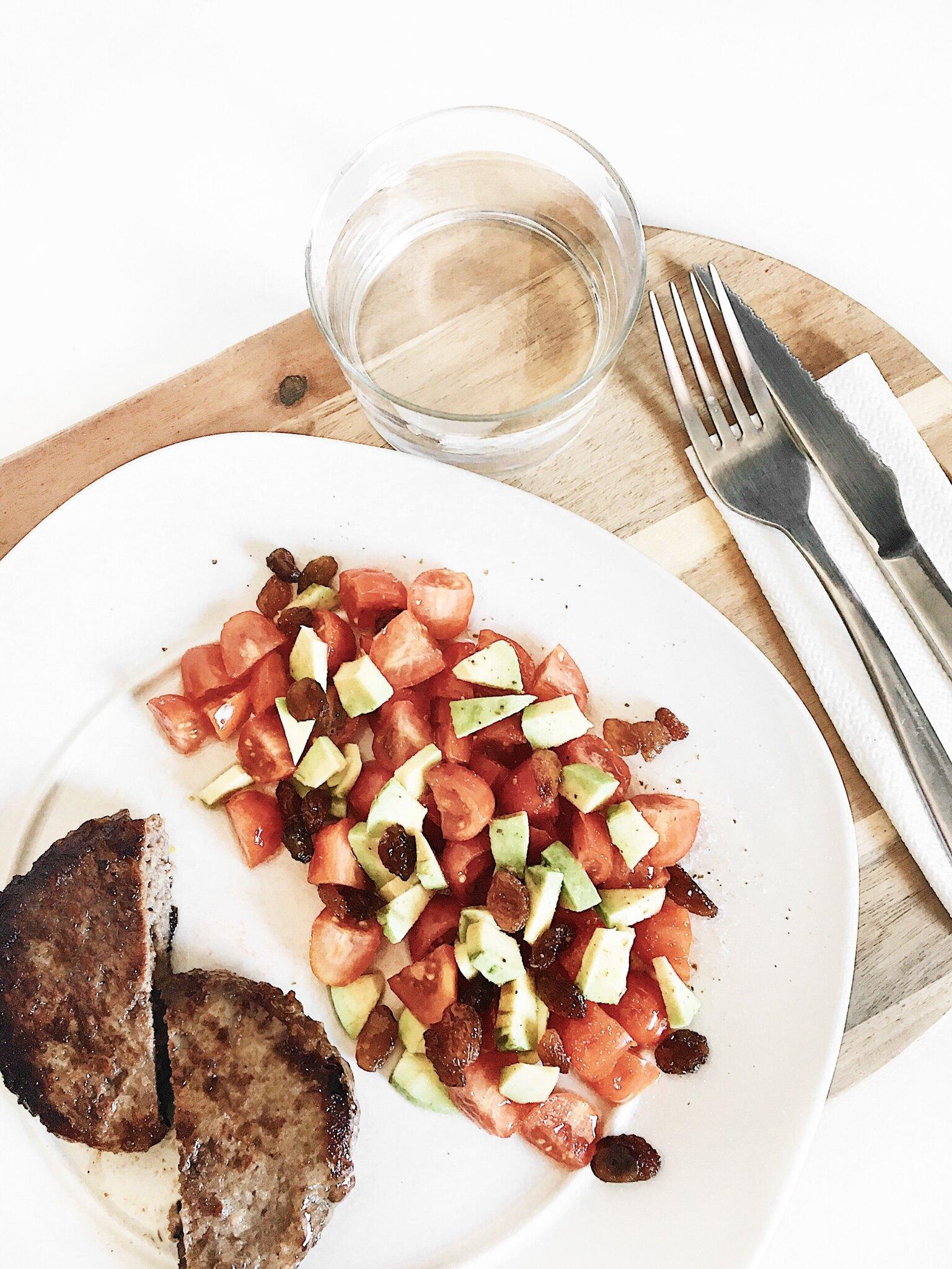 Menú diario con 7 comidas para dietas