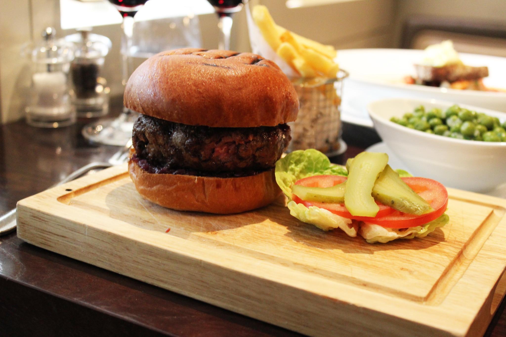 6 Hunter burger Hunter 486 The Arch London Restaurant Review FoodFashFit (6)