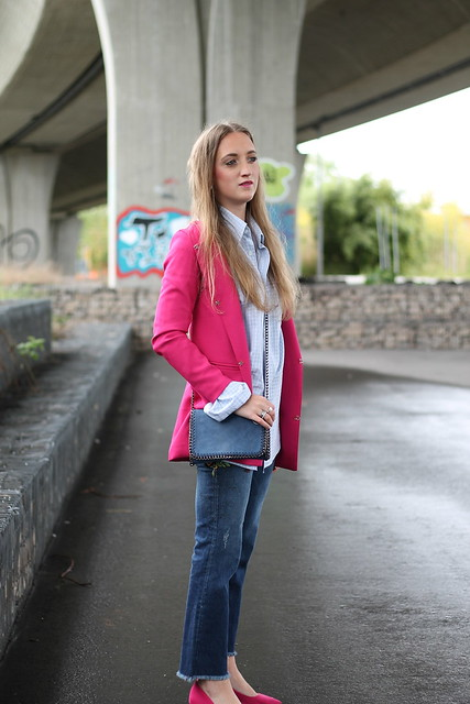 pink-coat-whole-outfit-side-wiebkembg