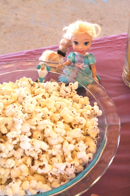 Elsa & Olaf with popcorn snow