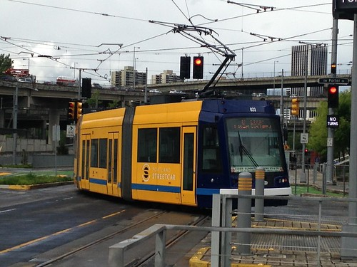 Blue/Yellow takes the curve onto the embankment leading to the new trolley bridge