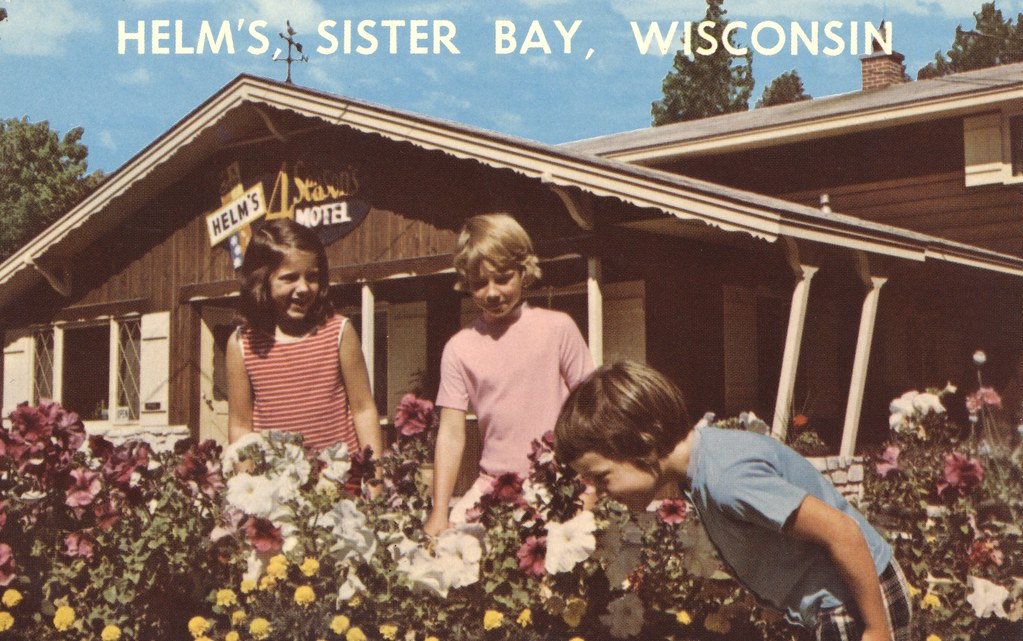 Helm's 4 Season Motel - Sister Bay, Wisconsin