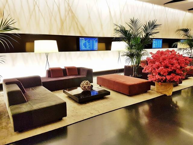 Sheraton Malpensa Hotel 09 - Lobby Lounge