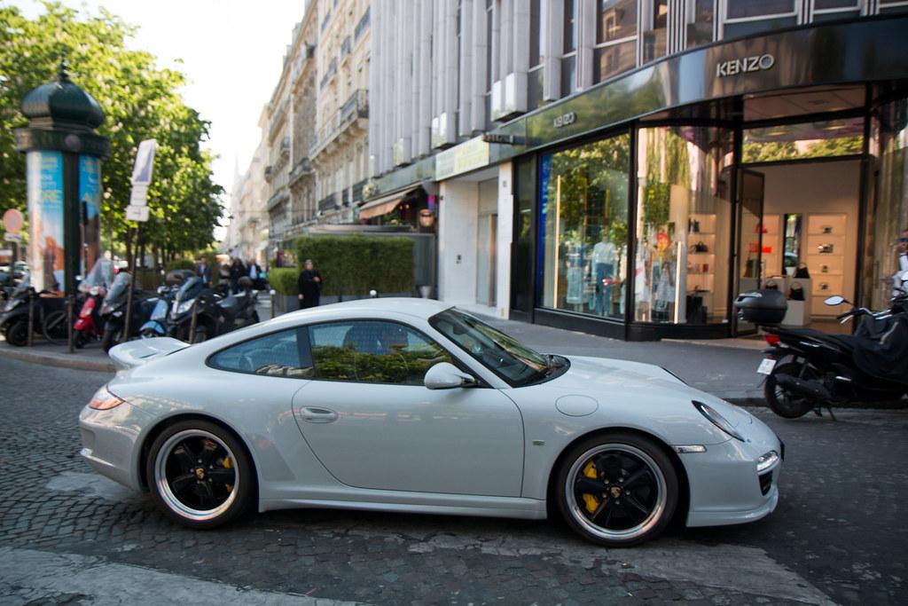 2010 Porsche 911 Sport Classic 997 Paris 042017 Telkine Flickr