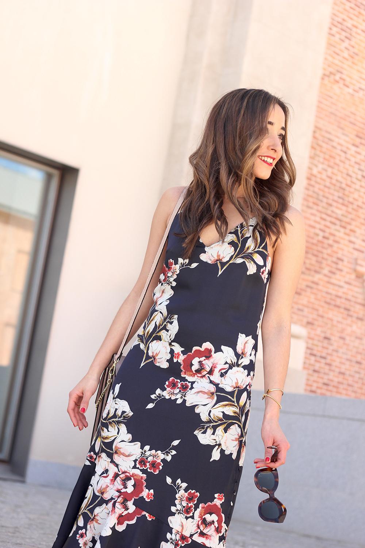 Floral dress denim jacket heels spring outfit style fashion10