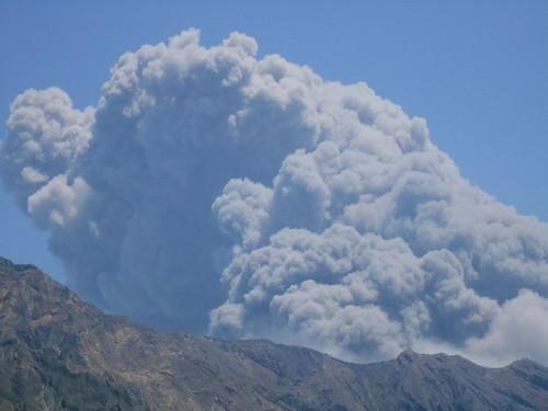 jp-kagoshima-flash-volcan (15)