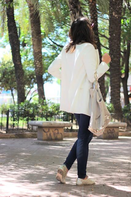 Top calado blanco_ Rojo Valentino Blog (22)