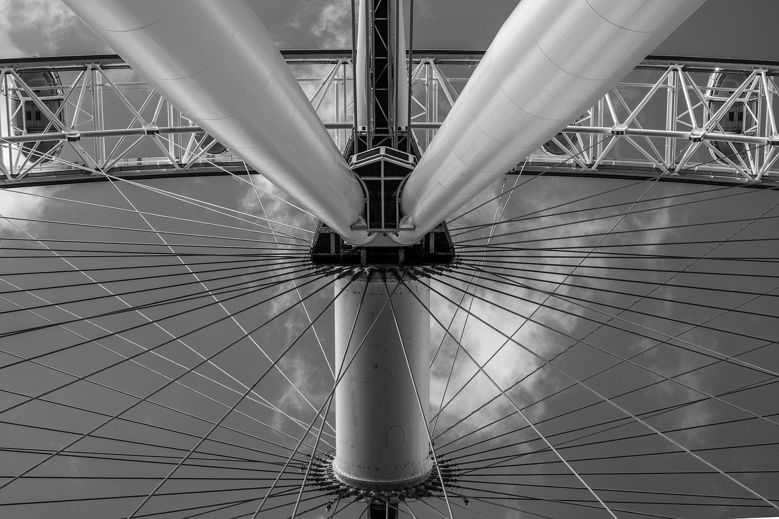 London Eye B&W