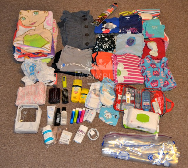 Summer Go Bag always prepared for Fun contents on The SIMPLE Moms