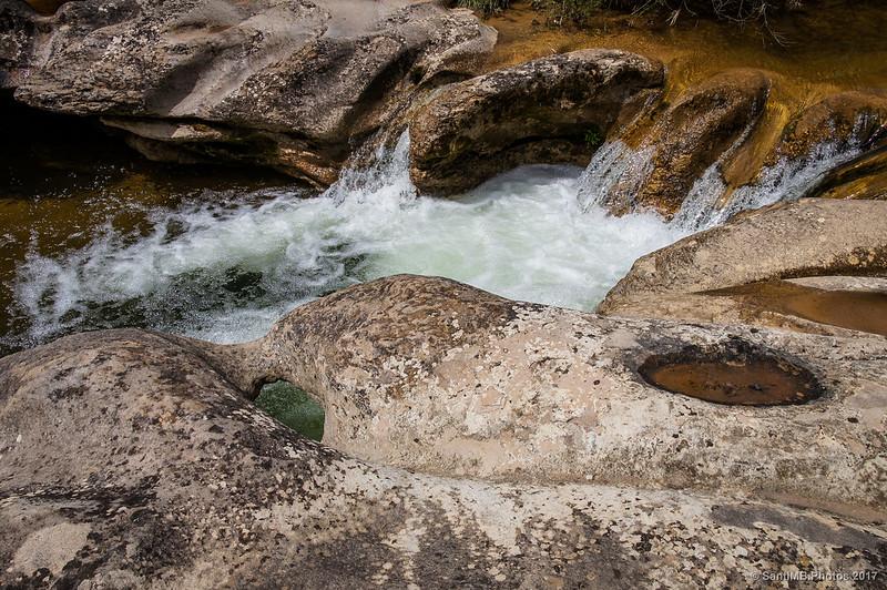 Caprichosas formas en la roca