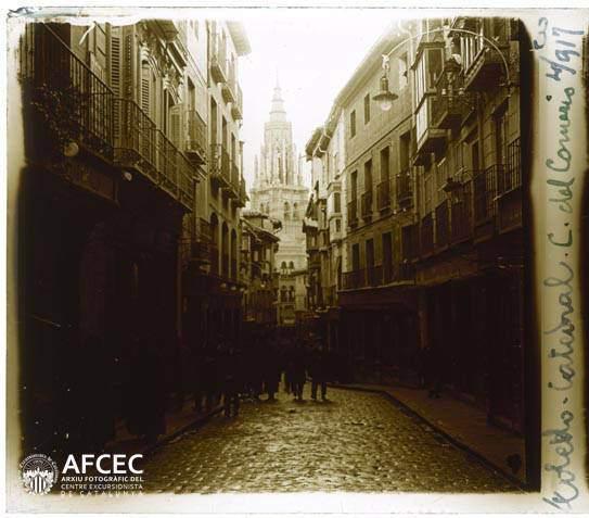 Calle Ancha o Comercio en abril de 1917. Fotografía de Francesc Blasi i Vallespinosa   © Centre Excursionista de Catalunya
