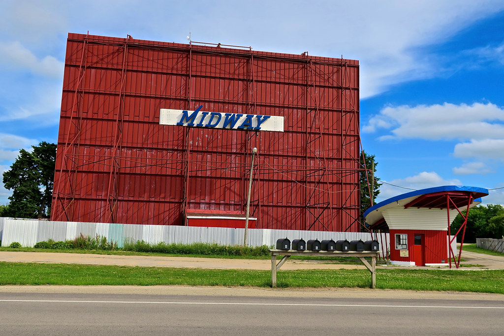 Midway theater sterling il
