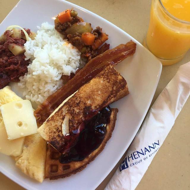 Henann breakfast buffet