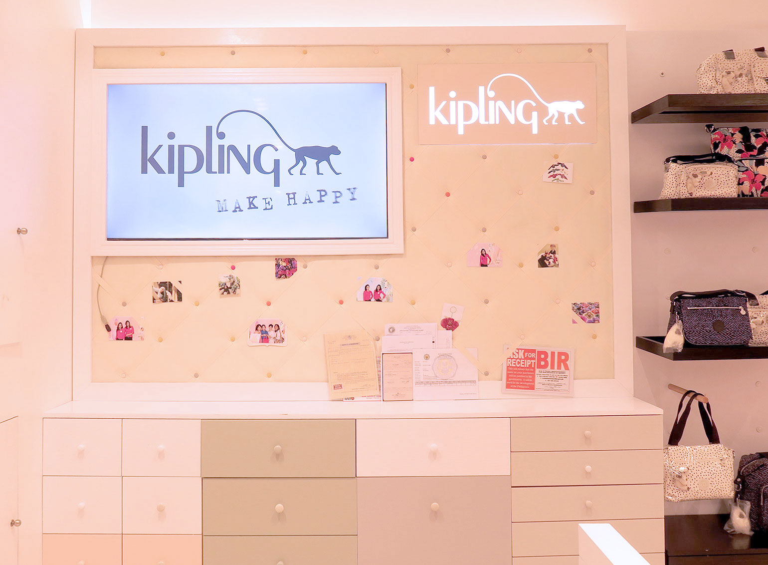 8 Kipling Philippines 30 years - Uptown Mall - Dream Garden Collection - Gen-zel.com(c)