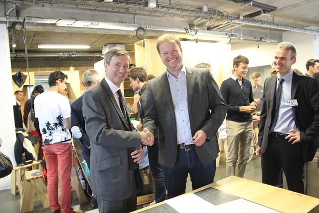 Signature de convention entre l'académie de Bordeaux et Cap Sciences  lors de la finale académique des Olympiades des Sciences de l'Ingénieur
