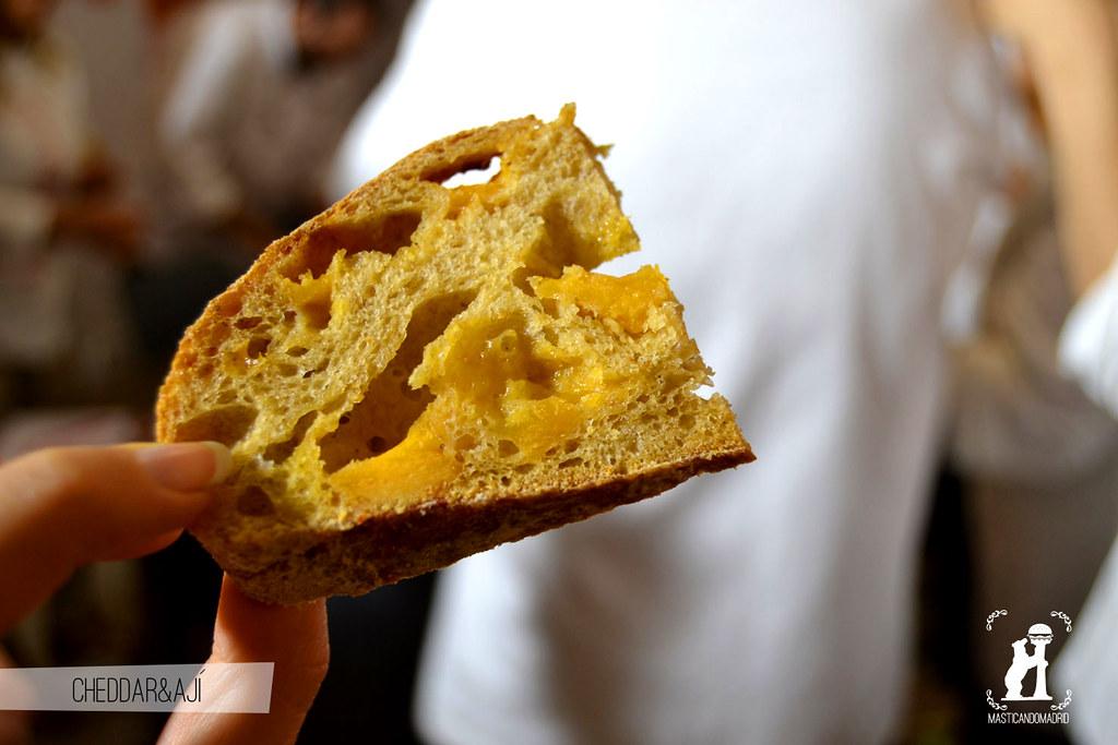 Pan de cheddar y ají