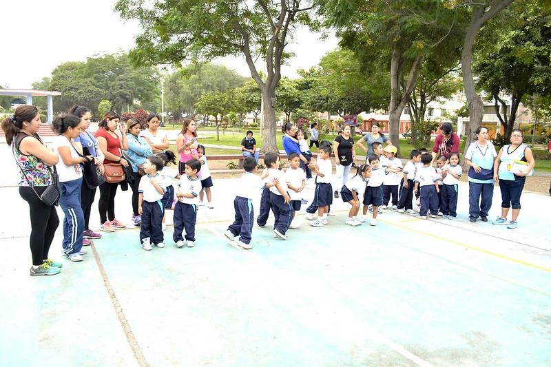Jugando sí se aprende. Día de la Educación Inicial (2017)