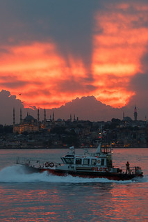 The Pilot Boat, the Sunset and Sultan Ahmet (Blue Mosque) | by aksoykaan1