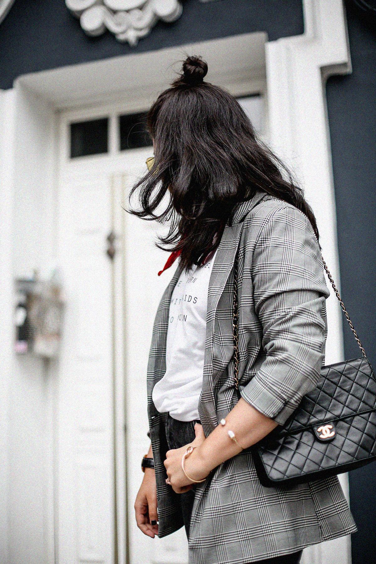 blazer-gris-cuadros-bershka-bandana-roja-mom-jeans-myblueberrynightsblog5