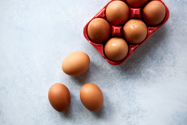 What You Need to Know About Eggs - Pasture Raised vs Cage-Free vs Free-Range, etc