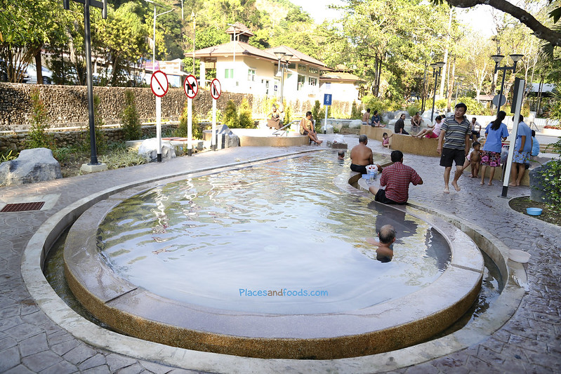 ranong raksawarin hot spring