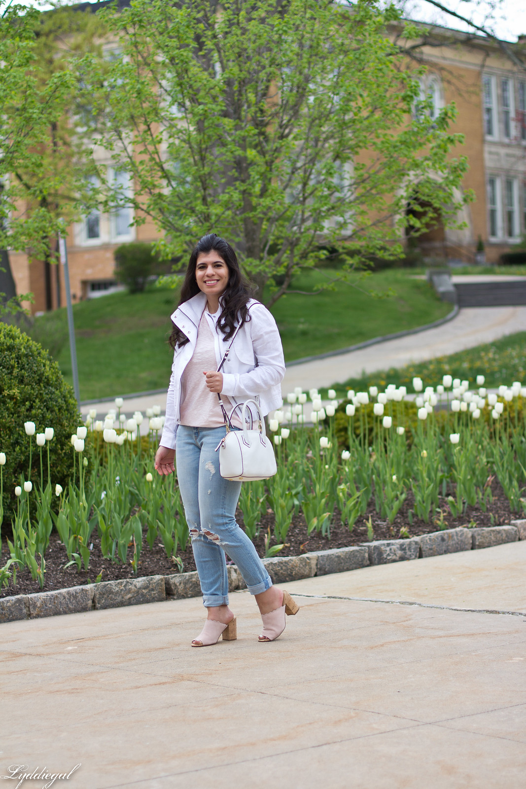 white jacket, blush tee, boyfriend jeans, scalloped mules.jpg
