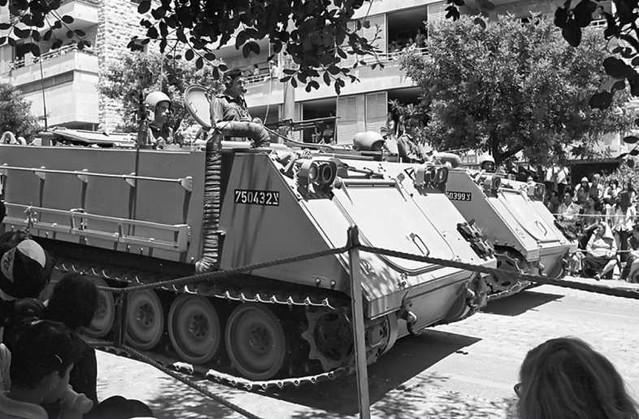 M113-parade-1973-f-1